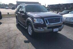 2007 Ford Explorer for sale at QUINN'S AUTOMOTIVE in Leominster MA