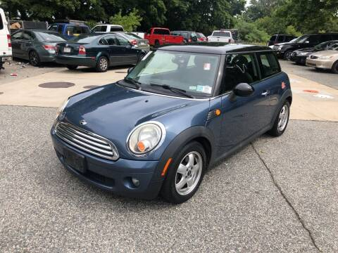 2009 MINI Cooper for sale at Barga Motors in Tewksbury MA