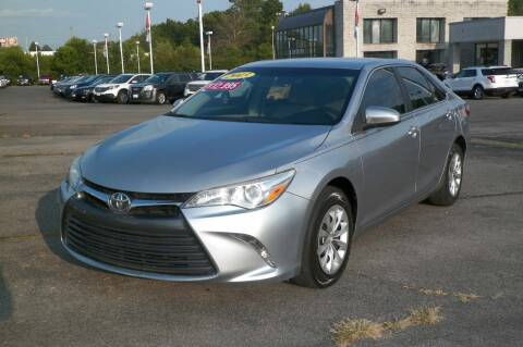 2015 Toyota Camry for sale at Paniagua Auto Mall in Dalton GA