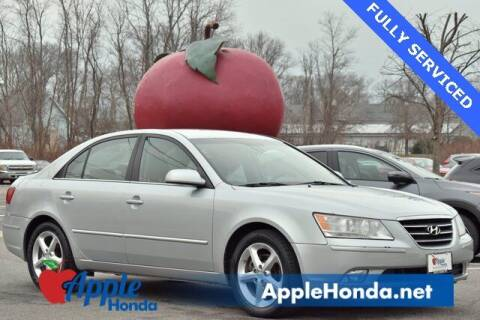 2010 Hyundai Sonata for sale at APPLE HONDA in Riverhead NY