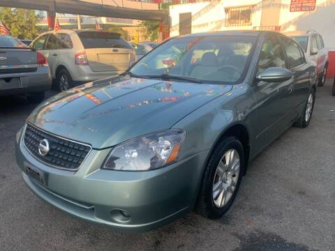 2005 Nissan Altima for sale at Gallery Auto Sales in Bronx NY