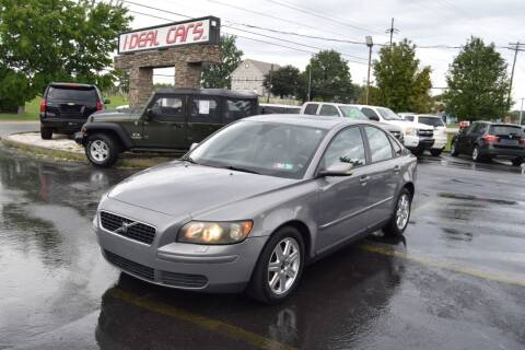 2006 Volvo S40 for sale at I-DEAL CARS in Camp Hill PA