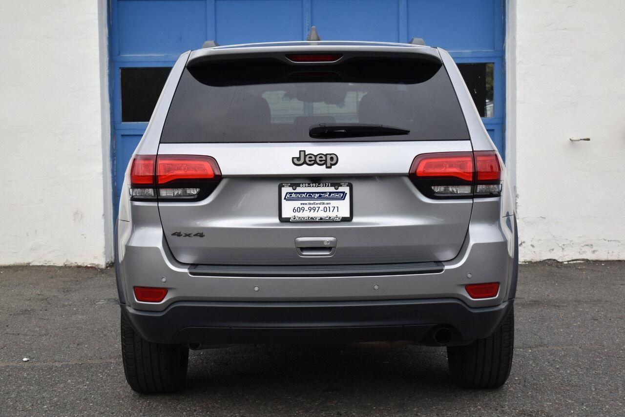 2017 Jeep Grand Cherokee Laredo 75th Anniversary 4×4 4dr SUV full