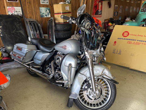 2010 Harley Davidson Dresser for sale at B & W Auto in Campbellsville KY