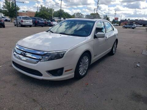 2010 Ford Fusion Hybrid for sale at Auto Consider Inc. in Grand Rapids MI