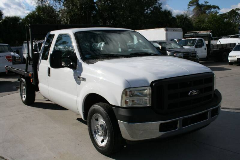 2007 Ford F-250 Super Duty for sale at Mike's Trucks & Cars in Port Orange FL