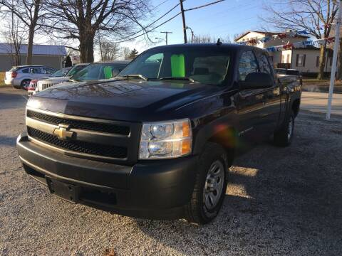 2008 Chevrolet Silverado 1500 for sale at Antique Motors in Plymouth IN