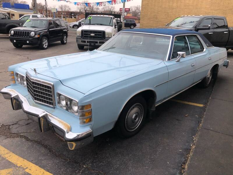 1976 Ford LTD for sale at TOP YIN MOTORS in Mount Prospect IL