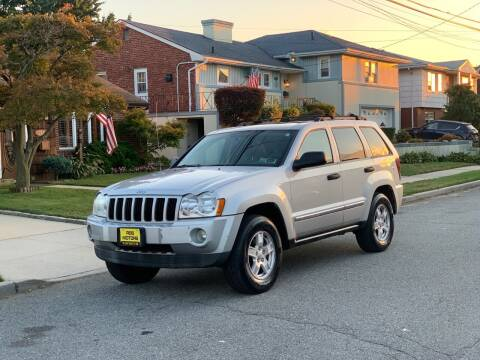 2005 Jeep Grand Cherokee for sale at Reis Motors LLC in Lawrence NY
