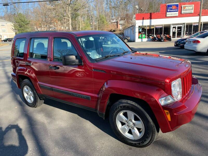 2012 Jeep Liberty for sale at QUINN'S AUTOMOTIVE in Leominster MA