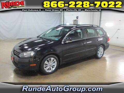 2010 Volkswagen Jetta for sale at Runde Chevrolet in East Dubuque IL