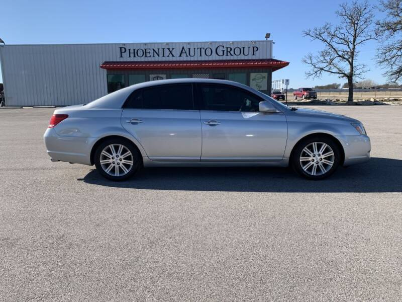 2005 Toyota Avalon for sale at PHOENIX AUTO GROUP in Belton TX