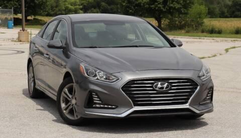 2018 Hyundai Sonata for sale at Big O Auto LLC in Omaha NE