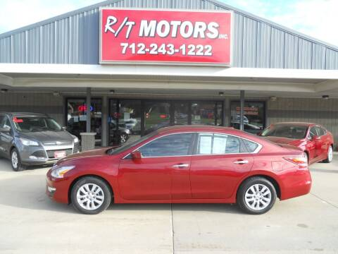 2015 Nissan Altima for sale at RT Motors Inc in Atlantic IA