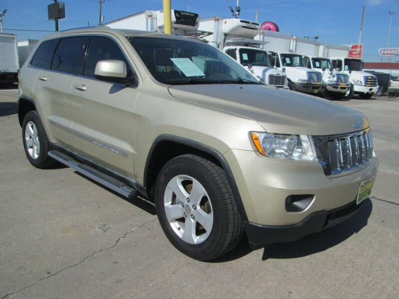 2011 Jeep Grand Cherokee for sale at Pasadena Auto Planet - 9172 North Freeway in Houston TX