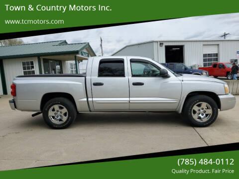 2005 Dodge Dakota for sale at Town & Country Motors Inc. in Meriden KS