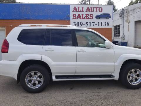 2005 Lexus GX 470 for sale at Ali Auto Sales in Moline IL