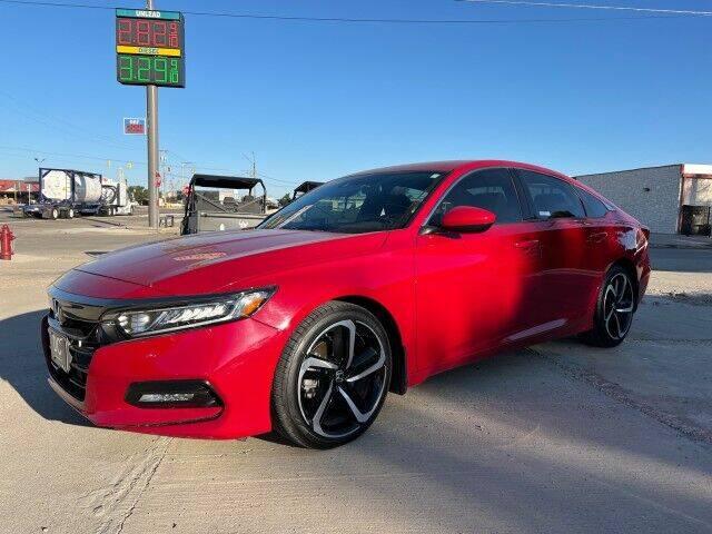 2018 Honda Accord for sale at Bulldog Motor Company in Borger TX