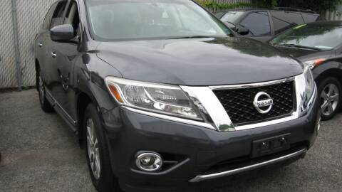 2013 Nissan Pathfinder for sale at JERRY'S AUTO SALES in Staten Island NY
