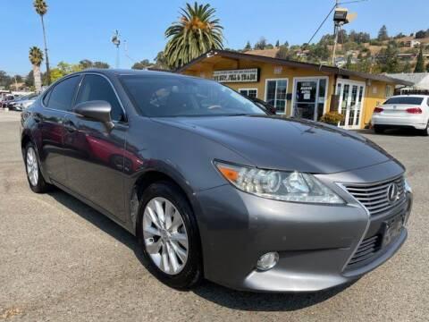2013 Lexus ES 300h for sale at MISSION AUTOS in Hayward CA