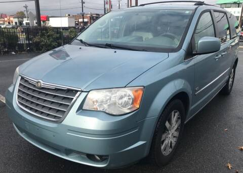 2009 Chrysler Town and Country for sale at MAGIC AUTO SALES in Little Ferry NJ