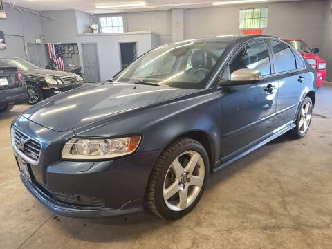 2010 Volvo S40 for sale at EXECUTIVE AUTOSPORT in Portland OR