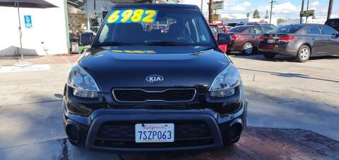 2013 Kia Soul for sale at Auto Land in Ontario CA