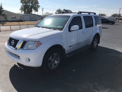 2012 Nissan Pathfinder for sale at Westok Auto Leasing in Weatherford OK