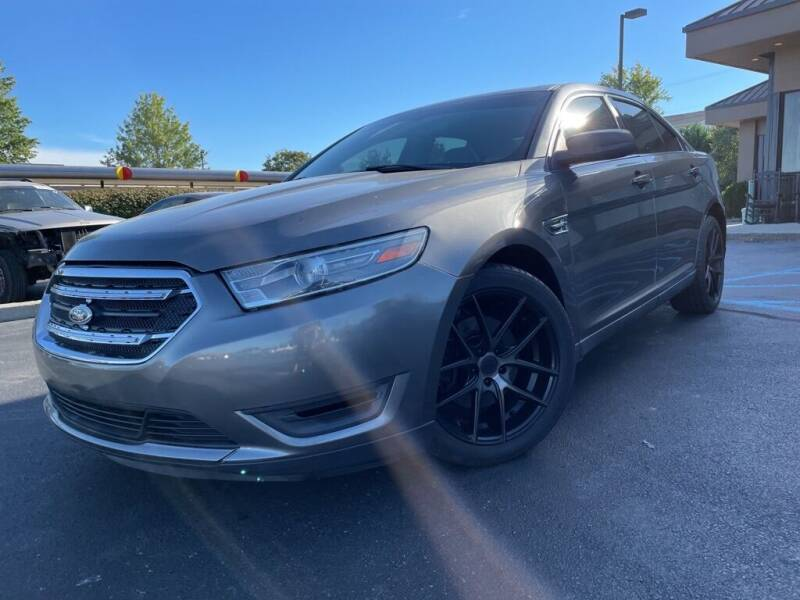 2012 Ford Taurus for sale at FASTRAX AUTO GROUP in Lawrenceburg KY