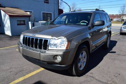 2005 Jeep Grand Cherokee for sale at L&J AUTO SALES in Birdsboro PA