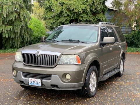 2003 Lincoln Navigator for sale at Q Motors in Tacoma WA