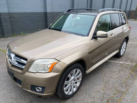 2010 Mercedes-Benz GLK for sale at APX Auto Brokers in Lynnwood WA