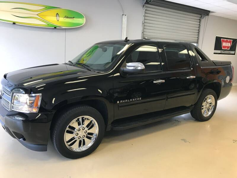2009 Chevrolet Avalanche for sale at Jeep and Truck USA in Tampa FL