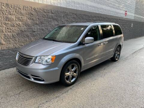 2014 Chrysler Town and Country for sale at Kars Today in Addison IL