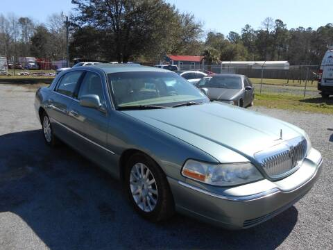 2006 Lincoln Town Car for sale at Jeff's Auto Wholesale in Summerville SC