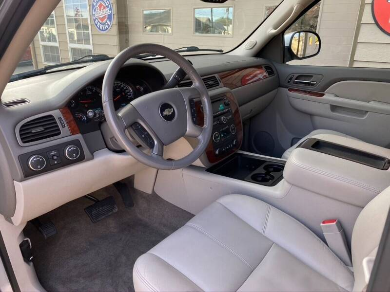 2013 Chevrolet Suburban 4x4 LT 1500 4dr SUV - Bend OR