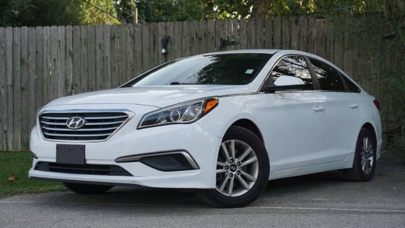 2017 Hyundai Sonata for sale at Hidalgo Motors Co in Houston TX