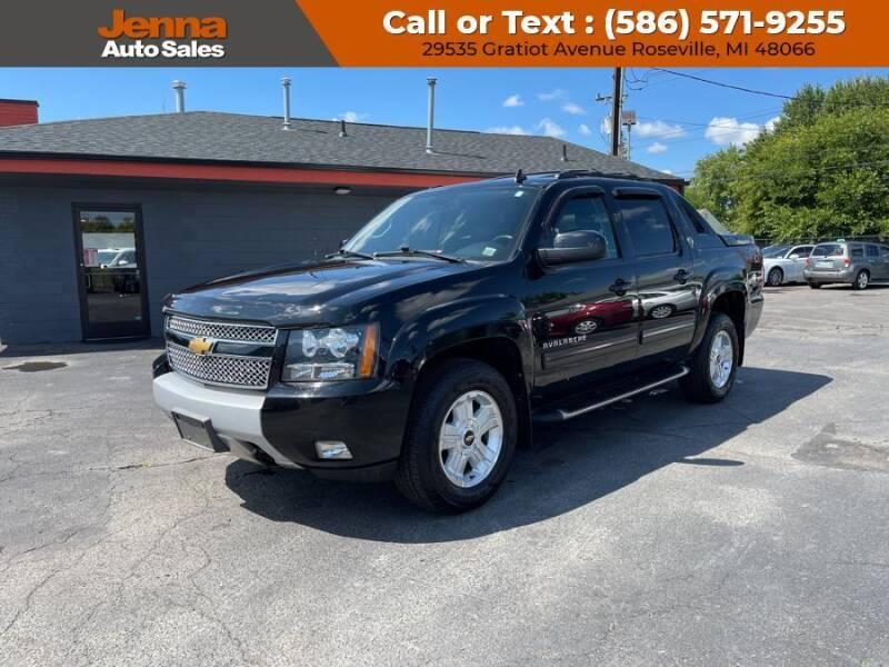 2013 Chevrolet Avalanche for sale in Roseville, MI