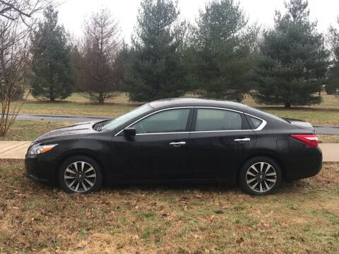 2017 Nissan Altima for sale at RAYBURN MOTORS in Murray KY