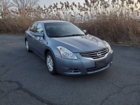 2012 Nissan Altima for sale at Innovative Auto Group in Little Ferry NJ