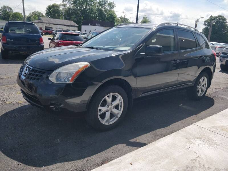 2009 Nissan Rogue for sale at The Car Cove, LLC in Muncie IN