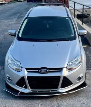 2014 Ford Focus for sale at Del Sol Auto Mart in Des Plaines IL