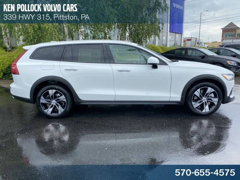 2021 Volvo V60 Cross Country for sale in Pittston, PA