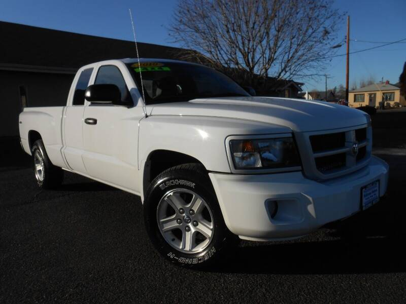 2010 Dodge Dakota for sale at McKenna Motors in Union Gap WA