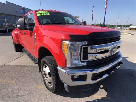2017 Ford F-350 Super Duty for sale at Show Me Auto Mall in Harrisonville MO