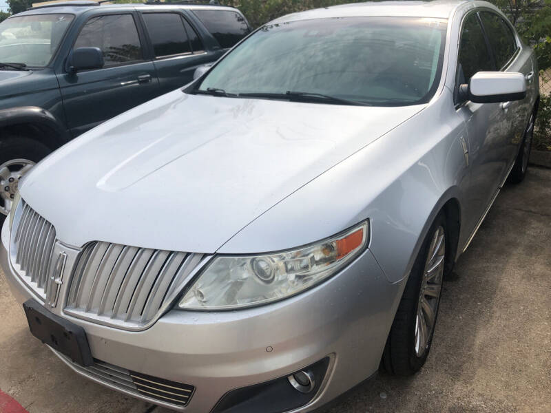 2010 Lincoln MKS for sale at Auto Access in Irving TX
