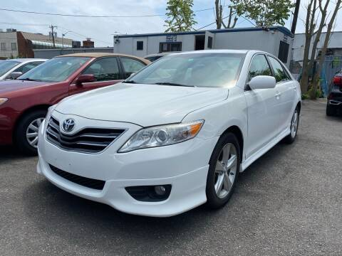 2011 Toyota Camry for sale at OFIER AUTO SALES in Freeport NY