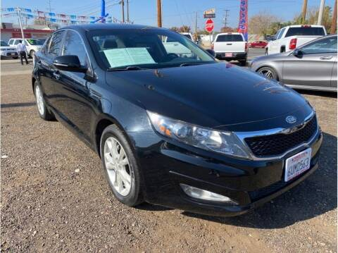 2012 Kia Optima for sale at Dealers Choice Inc in Farmersville CA