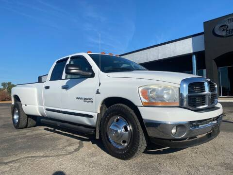2006 Dodge Ram Pickup 3500 for sale at The Truck Shop in Okemah OK