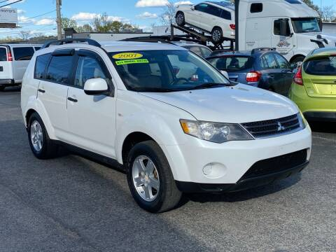 2007 Mitsubishi Outlander for sale at MetroWest Auto Sales in Worcester MA